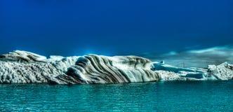Laguna Jokulsarlon, glacjalny jezioro Iceland i góry lodowa, Zdjęcie Royalty Free