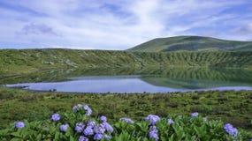 Laguna nell'isola di Flores - Azzorre - Portogallo Immagini Stock Libere da Diritti