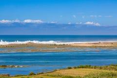 Laguna Oualidia cerca de Safi, Marruecos imagen de archivo libre de regalías