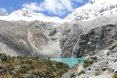 Laguna 69 som trekking nära Huaraz, Peru Arkivfoton