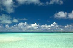 Laguna tropical de la isla Foto de archivo libre de regalías