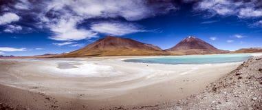 Laguna Verde, Salar de Uyuni, Bolivia Royaltyfria Foton