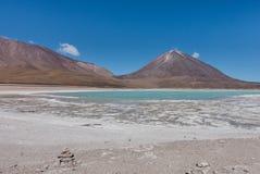 Laguna Verde, Salar de Uyuni: een overweldigende plaats in Boliviaanse Altiplano, dichtbij Atacama in Chili stock fotografie
