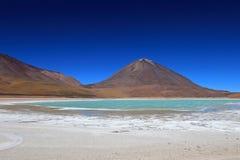 Laguna verde, zielona laguna w Boliwia Zdjęcia Royalty Free
