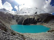 Laguna 69 w Huaraz Peru Jezioro produkujący odwilżą Fotografia Stock