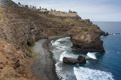 Laguna y playa rocosas de Tenerife Imagen de archivo libre de regalías
