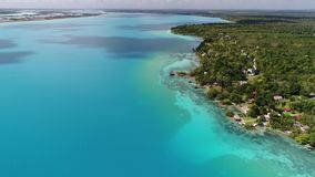 lagune Bacalar au Mexique banque de vidéos