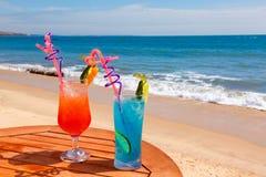 Lagune bleue de cocktail, lever de soleil images libres de droits