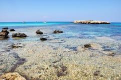 Lagune bleue en Chypre Image libre de droits