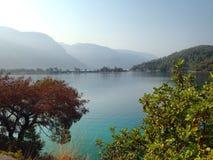Lagune bleue tranquille Photos libres de droits