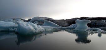 lagune de jokulsarlon de l'Islande d'icebergs Photos libres de droits