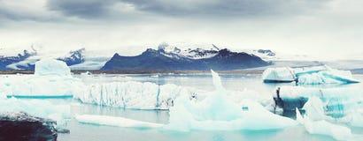 Lagune de Jokulsarlon en Islande, vue panoramique Images stock