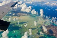 Lagune de los turcos y de Caicos tirado del plano Imagen de archivo libre de regalías