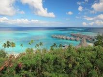 Lagune de turquoise dans le moorea Images stock