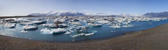 lagune remplie de jokulsarlon de l'Islande d'iceberg Images libres de droits