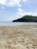 Lagune zwischen Insel mit blauem Wasser Stockfoto