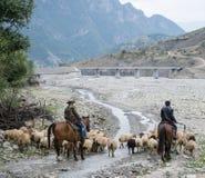 Lahic村庄在高加索山脉 图库摄影