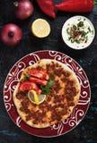 Lahmacun, турецкая пицца мяса Стоковое фото RF