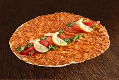 Lahmacun - pizza turca Fotos de archivo