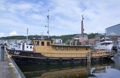 LAHTI FINLAND 20 JULI 2015 Sänd i hamn Arkivbilder