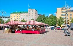 Lahti finland Stalls på marknadsfyrkant Royaltyfri Fotografi