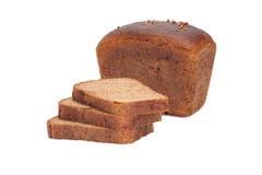 Laib des Brotes und der Stücke Roggenbrotes Stockbilder