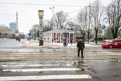 Laima klocka i Riga, Lettland Arkivfoto