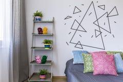 Laine à tapisserie, fleurs et triangles Photographie stock libre de droits