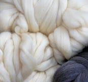 Laine et tricotage Photo libre de droits