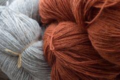 laines colorées image stock