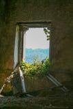 Laino Castello, burg abandonado imagenes de archivo