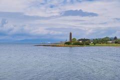 Lais de Largs et le monument de crayon comm?morant Viking Battle de Largs en 1263 photo stock