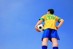 Laisse le football de jeu maintenant Image stock