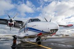 Laissez L-410 Turbolet images libres de droits