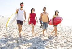Laissez le ` s aller à la plage Images stock