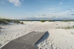 Laissez les vacances de plage commencer photographie stock libre de droits