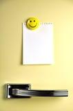 Laissez un message sur le réfrigérateur image stock