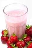 Lait de poule de fraise Image stock