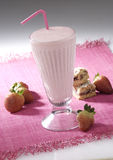 Lait de poule de fraise Photo stock