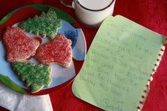 Lait et biscuits pour Santa Photo stock