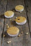 Lait et céréale de gâteau photographie stock