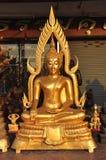 Laiton neuf d'éclat d'aura de Bouddha Photographie stock
