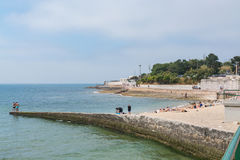 Laje海滩在Oeiras,葡萄牙 免版税图库摄影