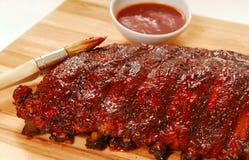Laje de reforços de reposição do BBQ Fotografia de Stock Royalty Free