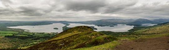 Lak Loch Lomond в Шотландии стоковые изображения rf