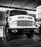 LAK 2624 6X6 Mulde de Mercedes-Benz do caminhão pesado, 1974 Foto de Stock
