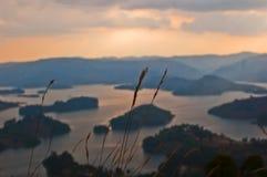 lake över solnedgång Royaltyfri Bild