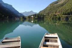 Lake alleghe Royalty Free Stock Images