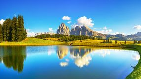 Free Lake And Mountains, Alpe Di Siusi Or Seiser Alm, Dolomites Alps, Italy Stock Images - 138154484