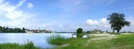 Free Lake And Tree Stock Photography - 3606022